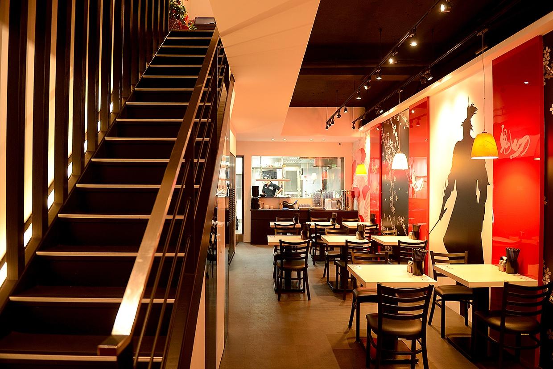 餐飲品牌規劃-餐飲規劃-鬼切拉麵-拉麵店設計-裝潢設計-店面設計-品牌設計